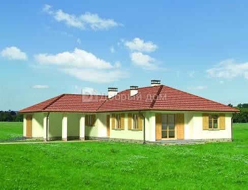 Дом 16,9×16 м. с четырехскатной крышей